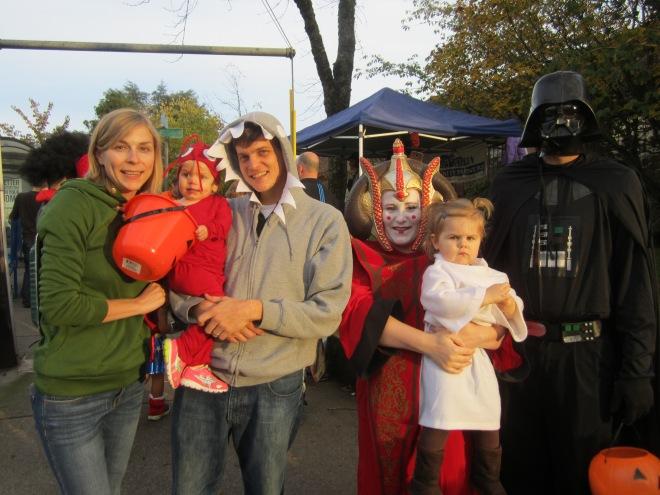 Halloween Multnomah Village - Ten Thousand Hour Mama