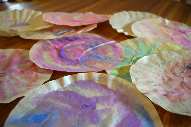 Toddler craft coffee filter flower bouquet